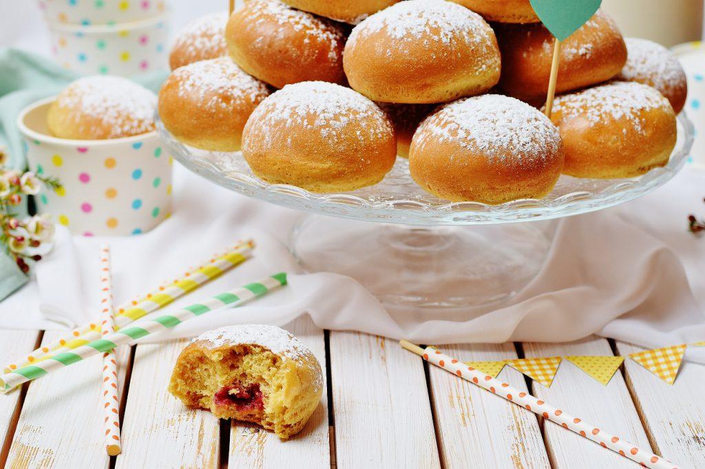 Ofenkrapfen: Gesunde Krapfen aus dem Backofen mit Marmelade gefüllt (weizenfrei, zuckerfrei, gesund)