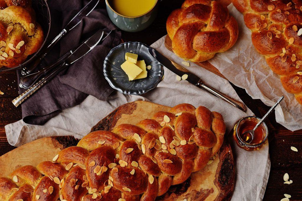 Dinkel-Striezel nach jüdischem Challah-Rezept