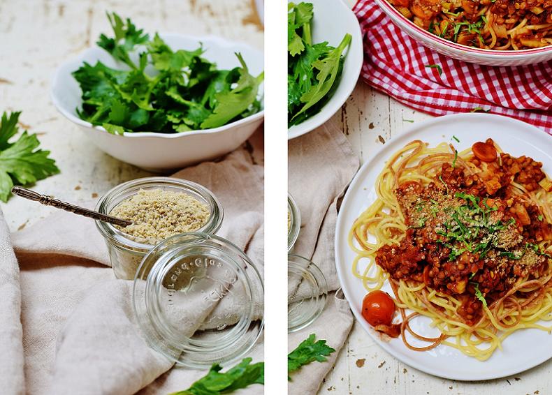 Linsen-Bolognese mit Parmesan: vegan und gesund