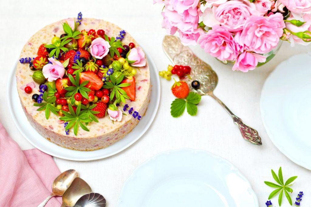 Milchreistorte mit Erdbeeren - Milchreistorte ohne Zucker