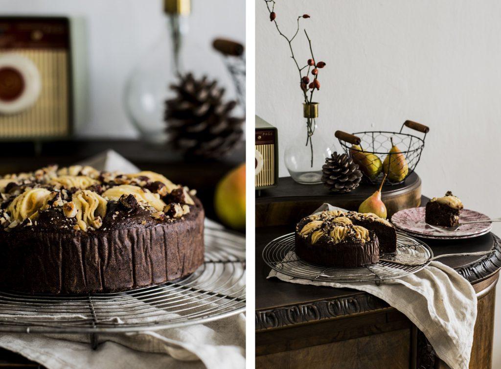 Schoko-Birnen-Kuchen mit Haselnüssen