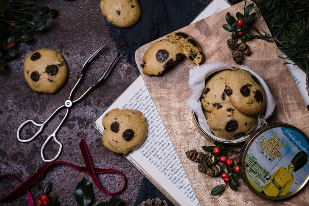 Chocolate Chip Cookies ohne Zucker, Butter und Weizen