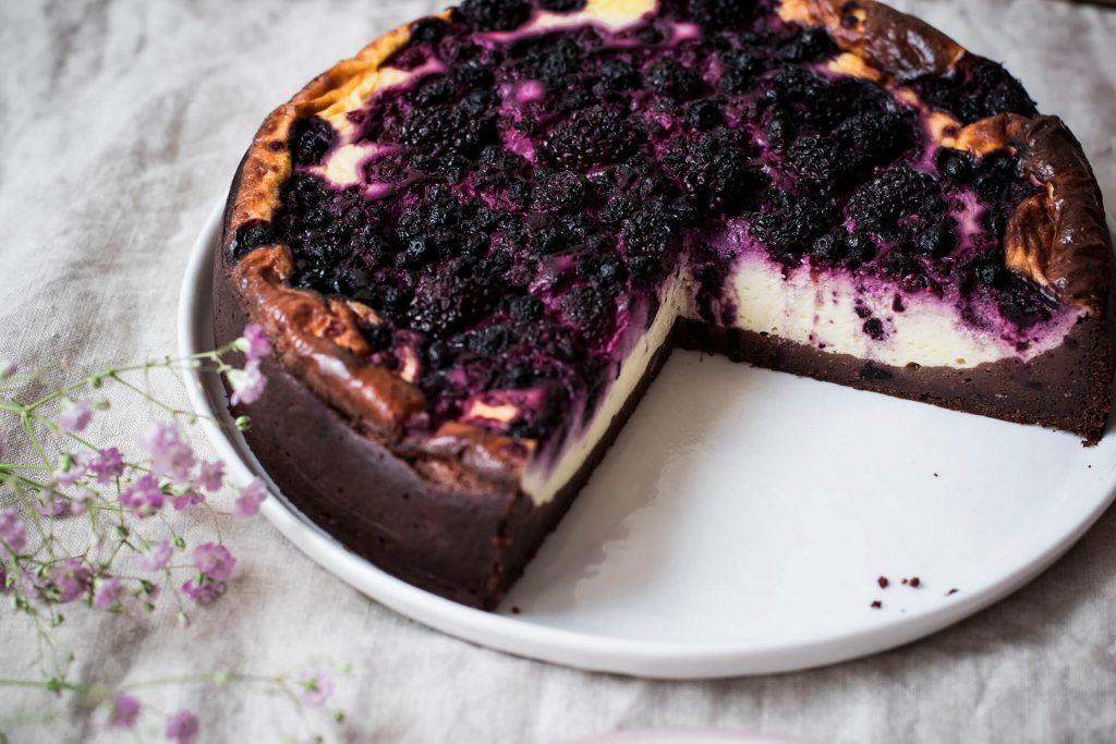 Rezept für einen gesunden Brownie-Cheesecake ohne Zucker